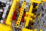 lego-technic-kumihimo-braiding-machine-10