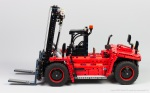 Lego-42082-Model-D-Heavy-Forklift-2