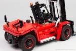 Lego-42082-Model-D-Heavy-Forklift-20