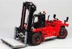 Lego-42082-Model-D-Heavy-Forklift-23