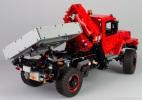 lego-42082-model-E-offroad-truck-13