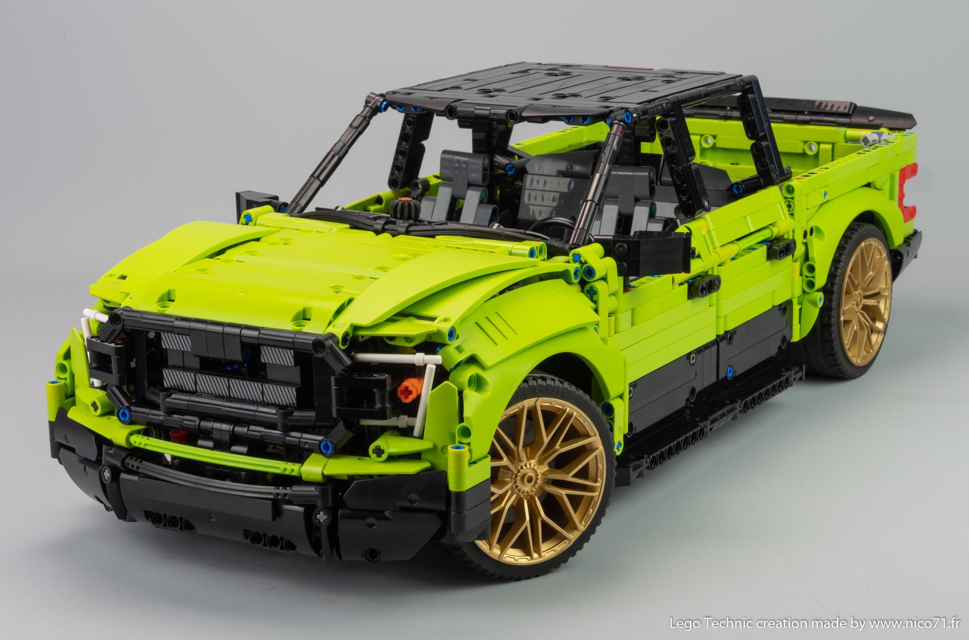 Lego-42115-Model-B-Ford-F150-6