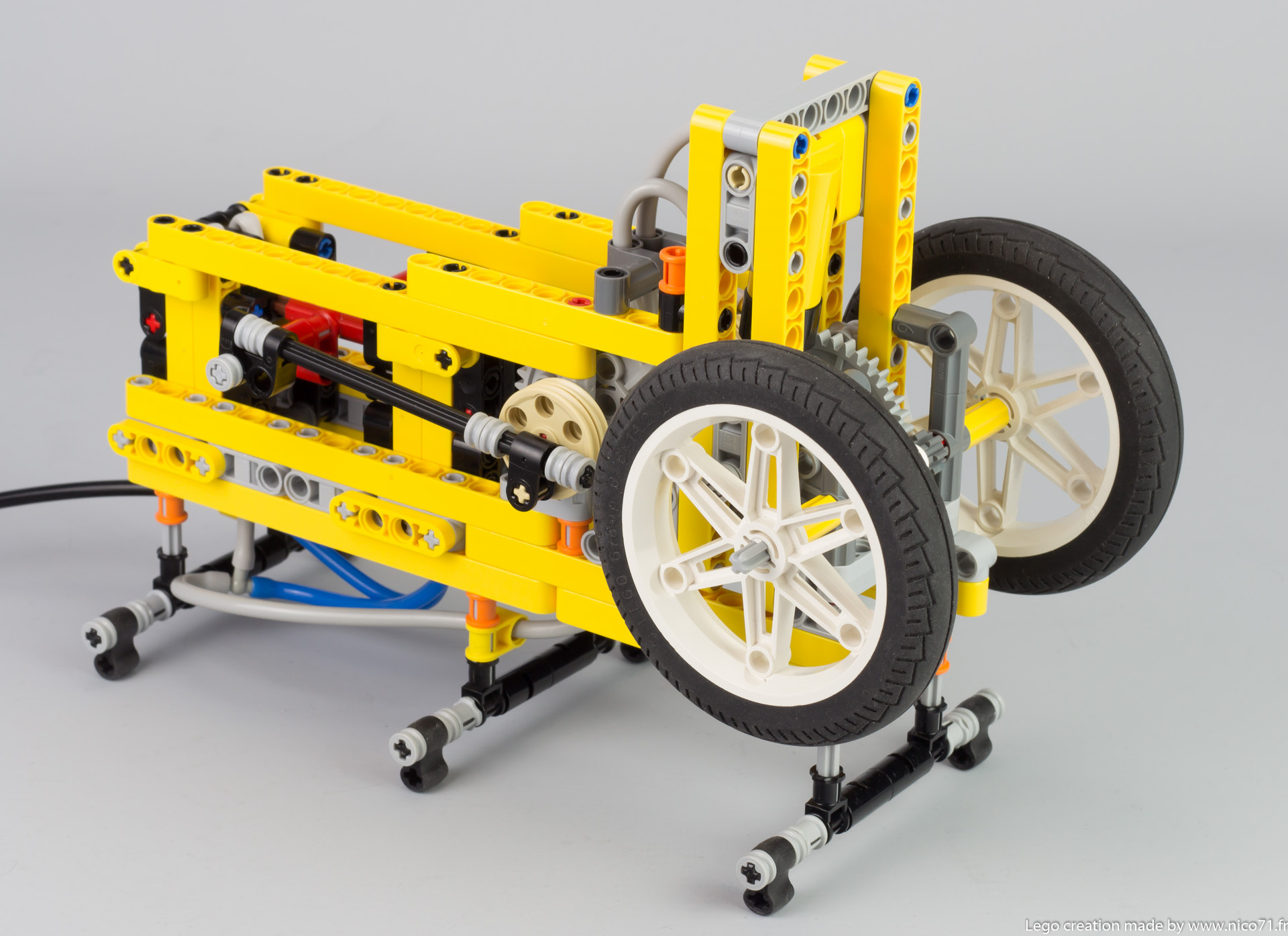 lego-switchless-engine-3