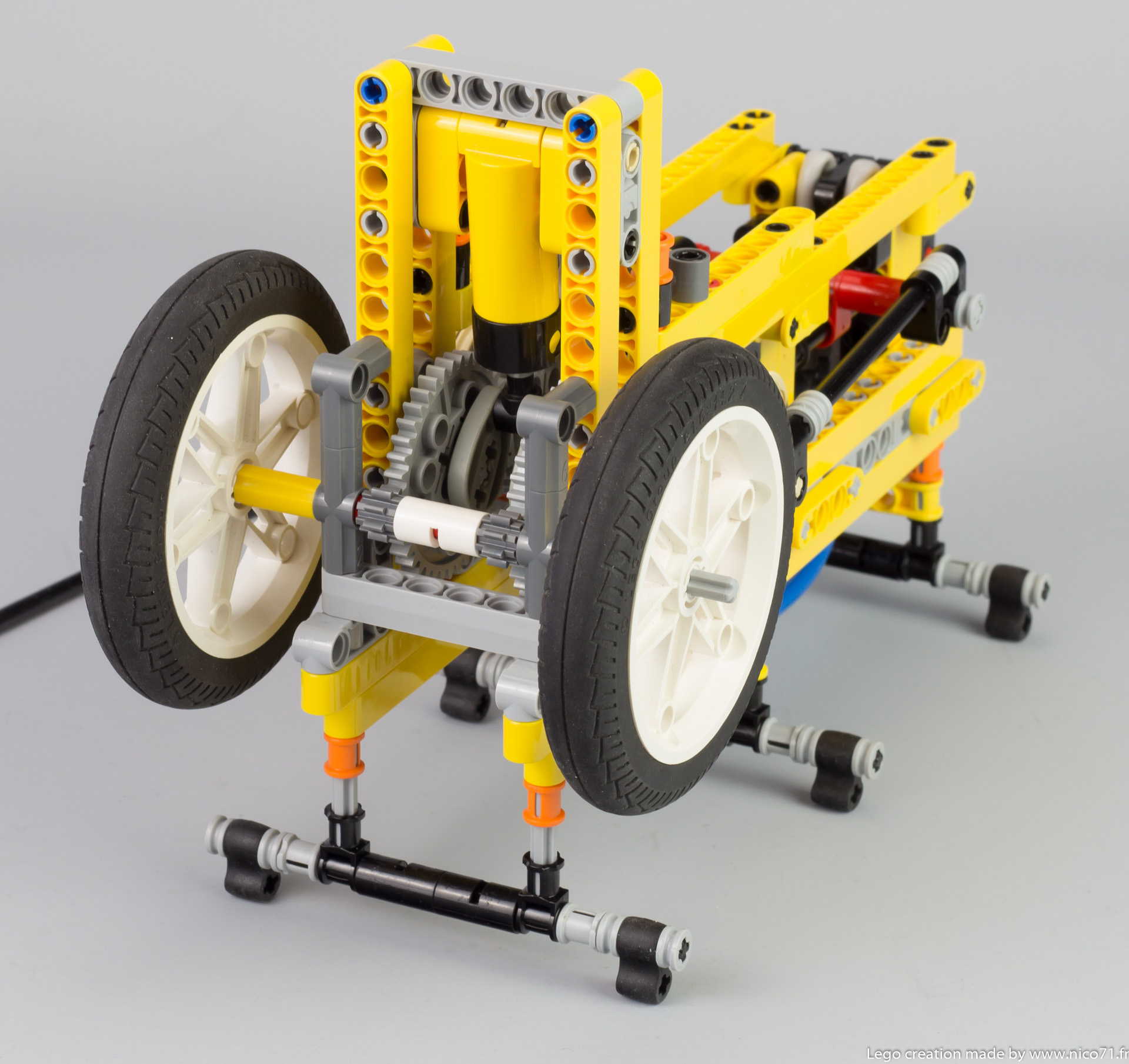 lego-switchless-engine-4