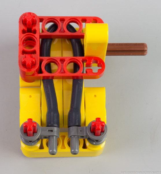 lego-switchless-engine-9