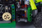 lego-technic-42080-model-c-forwarder-15