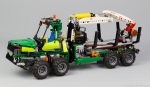 lego-technic-42080-model-c-forwarder-2