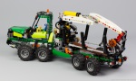 lego-technic-42080-model-c-forwarder-5
