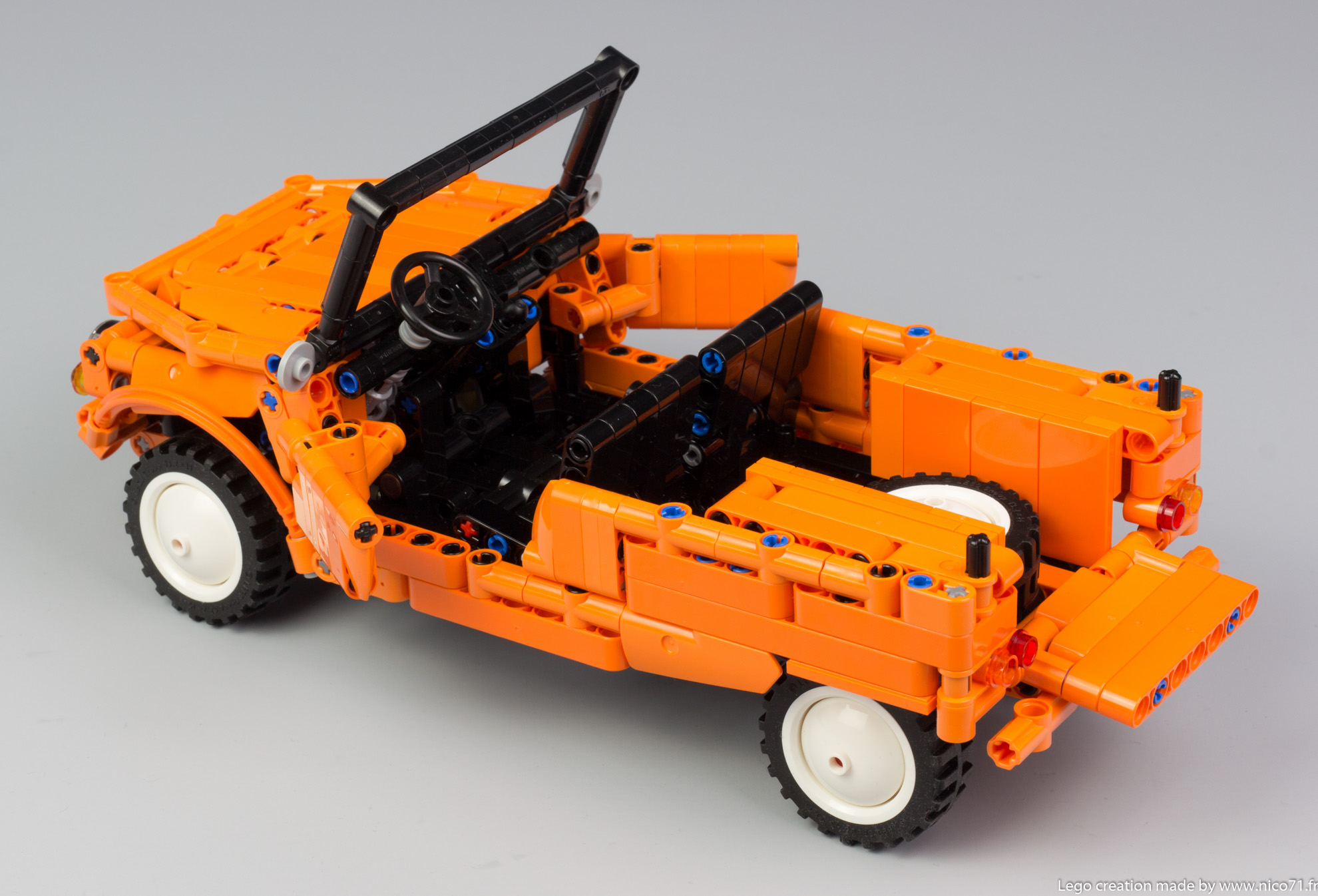 Lego-Technic-Citroen-Mehari-16