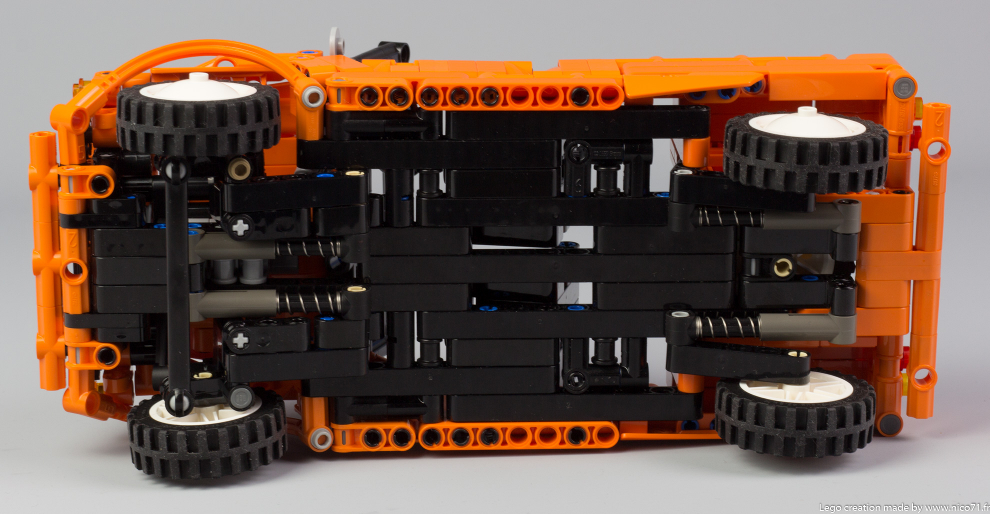 Lego-Technic-Citroen-Mehari-22
