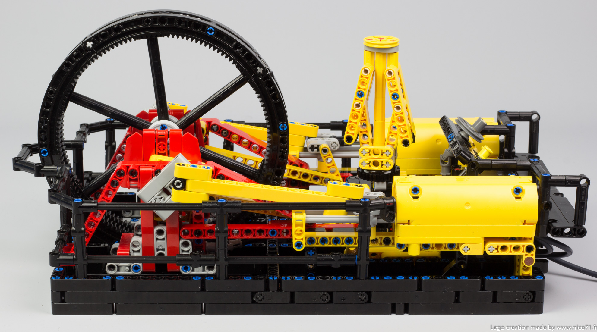Lego-Technic-Steam-Engine-Machine-3